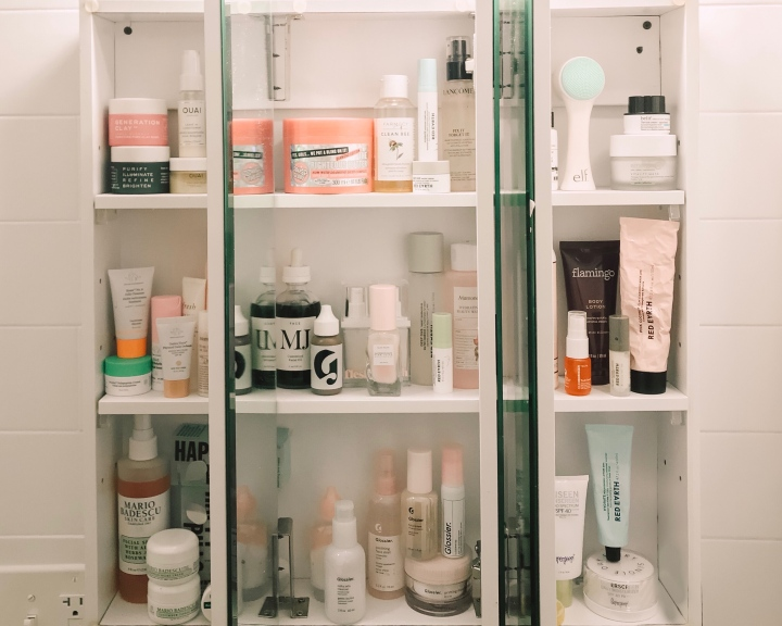 The Perfect SHELFIE + Staying Organized.